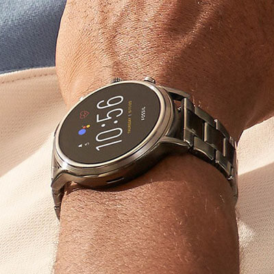 Fossil Gen 5 Carlyle - side view
